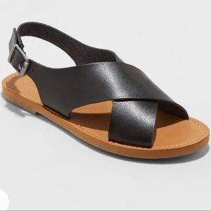 Universal Thread black crossband sandals, 6